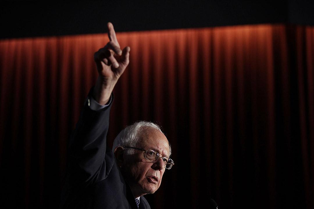 2016年2月16日,美國民主黨總統參選人伯尼·桑德斯在南卡羅來納大學演講。攝:Alex Wong/GETTY
