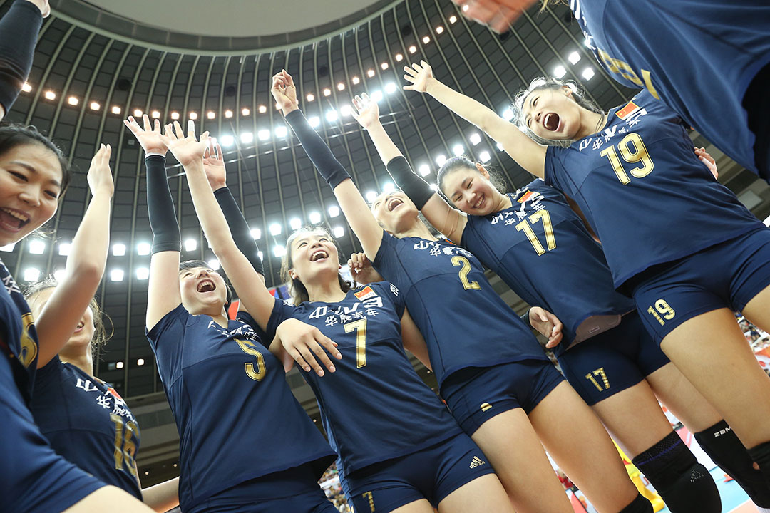 時隔11年後,中國女排重奪世界冠軍。攝 : Ken Ishii/Getty Images