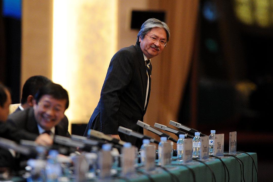 潘小濤:以習近平那種「眼裏容不下一粒沙」的個性,以及對貪官採取霹靂手段的做法,怎可能容忍梁振英(圖)連任多五年呢? 攝:WANG ZHAO/AFP