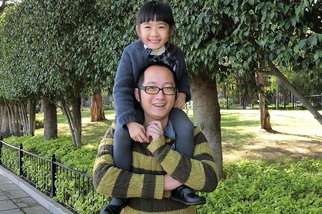 柯佳列與女兒(作者提供)