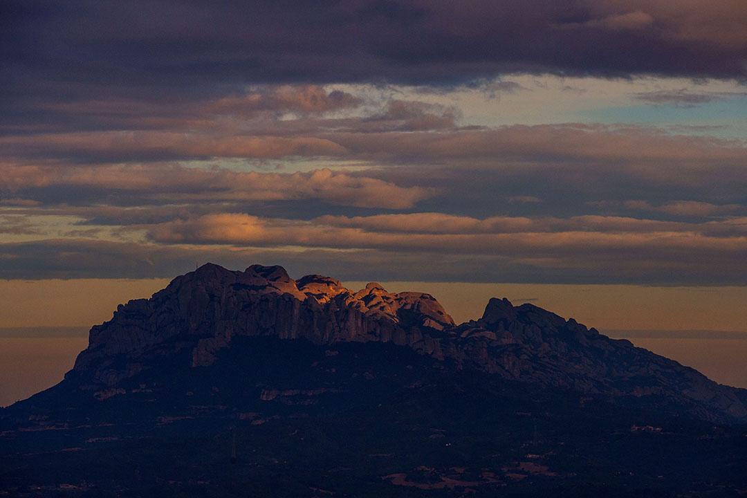 巴塞隆納郊區蒙特塞拉特山。攝:David Ramos/Getty