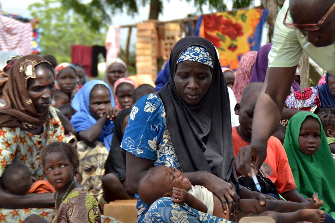尼日利亞士兵從伊斯蘭激進分子博科聖地中救出的婦女和兒童。攝 : REUTERS