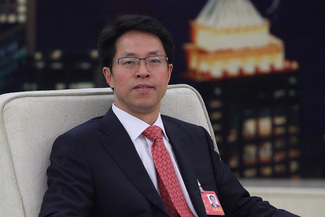 楊健興:張曉明上周六發表「特首超然三權之上」論,在後政改中港沉寂的政治局面挑起一場不必要的爭議。攝 : EyePress