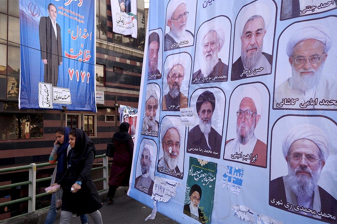 伊朗大選前,街頭貼滿了候選人的海報。攝:Raheb Homavandi/TIMA/REUTERS