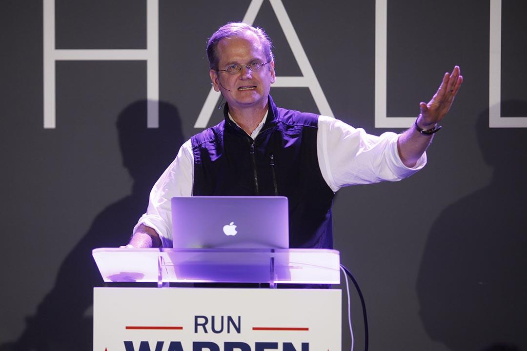 哈佛大學法學院教授雷席格(Lawrence Lessig)通過眾籌競選美國總統。攝:Thos Robinson/GETTY