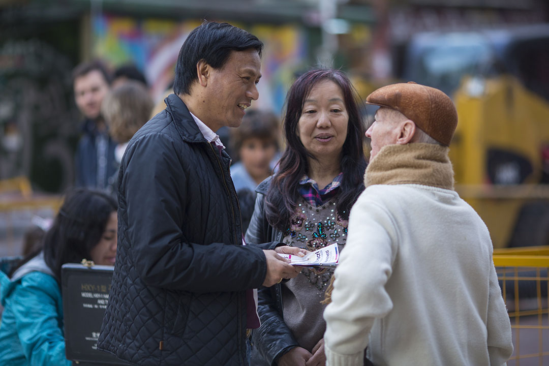 聚居區最早由台灣移民聚居而成,叫台灣街。陸人來了,蓋了中國城的牌樓。攝:Anibal Greco/端傳媒