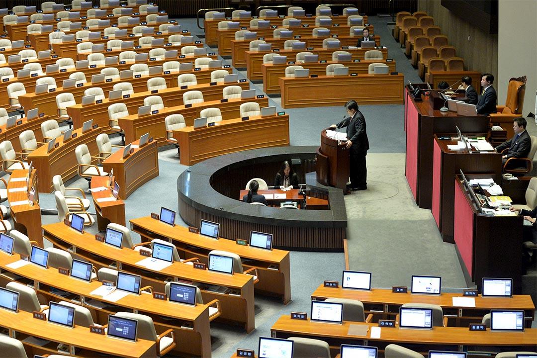 韓國反對派議員自1969年以來首度拉布,阻延國會通過反恐法案。攝:Song Won-young/REUTERS