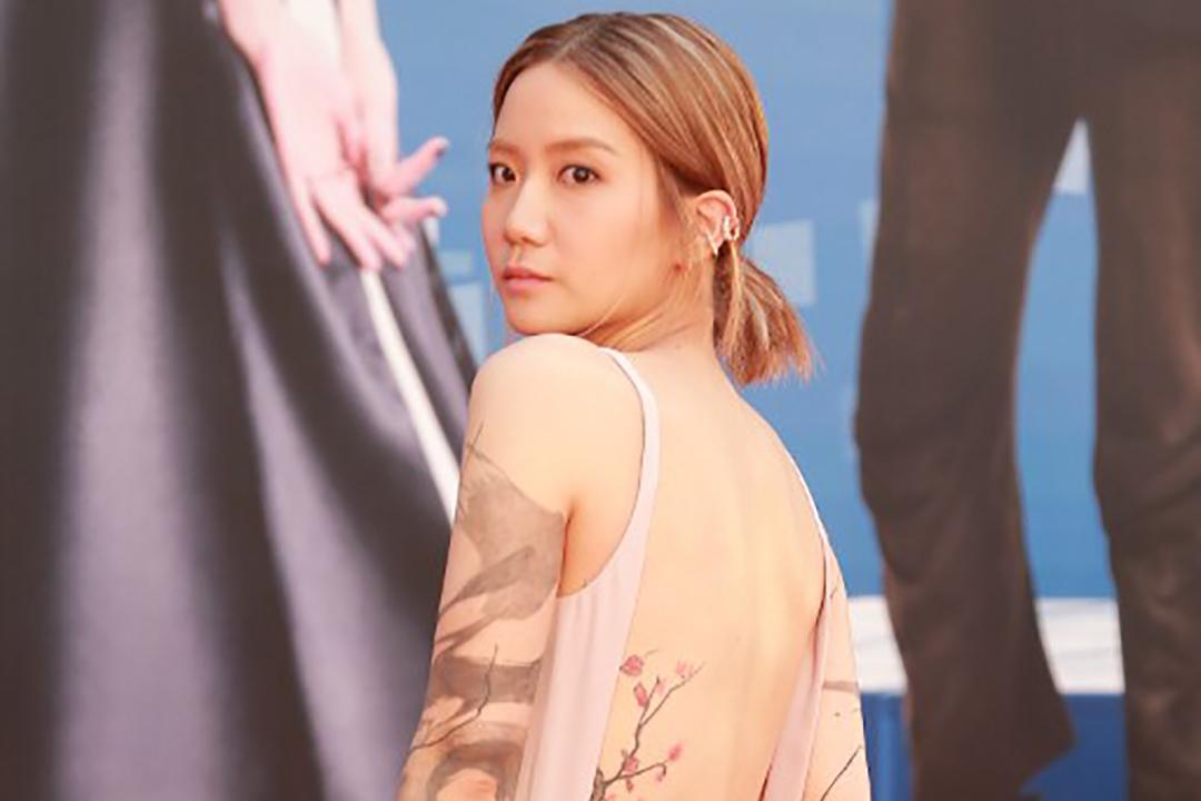 2015年4月19日,香港,歌手盧凱彤出席在文化中心舉行的香港電影金像獎頒獎禮。攝:TungStar