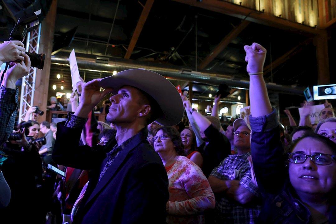 共和黨總統參選人克魯斯的支持者在德克薩斯州的一個造勢晚會高呼。攝 : Richard Carson/REUTERS