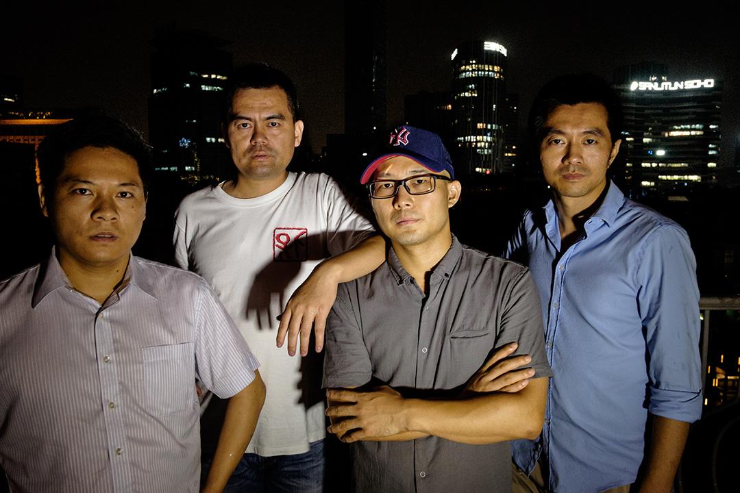前調查記者羅昌平、鄧飛、龍志和歐陽洪亮(左至右)。攝:Nicola Longobardi/端傳媒