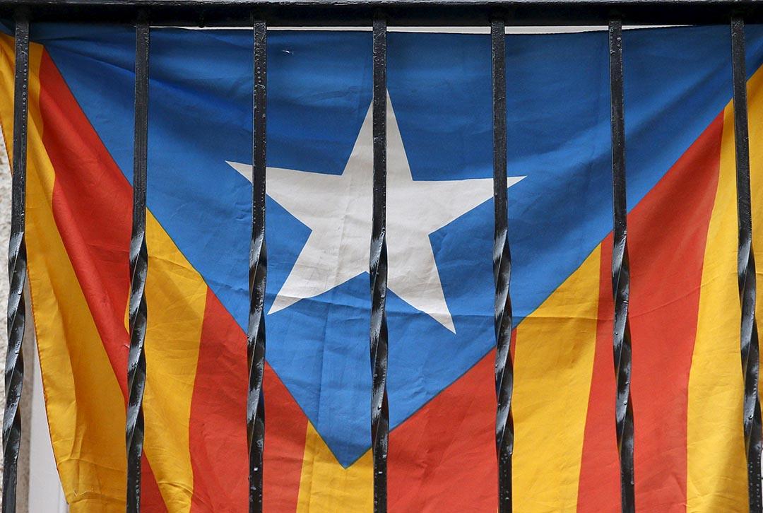 加泰隆尼亞議會決議啟動獨立程序。攝 : Albert Gea/REUTERS