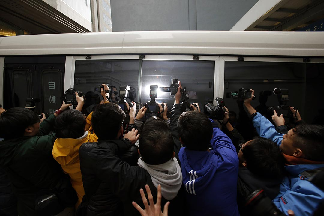 林沛理:只要稍為留意香港的傳媒生態,都知道以「爆醜聞」和揭瘡疤的人身攻擊甚至人格謀殺式的報導吸引讀者,已成本地報章雜誌做新聞的主流手法。 攝:Bobby Yip/Reuters