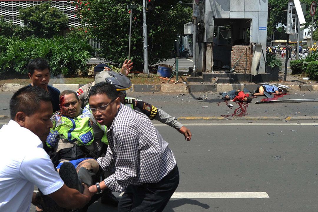 印尼首都雅加達發生連環爆炸,造成多人死傷。 攝: AP