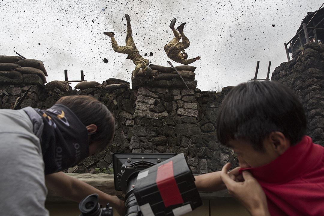 中國演員扮成日軍參與拍攝一套以戰爭為題材的節目。