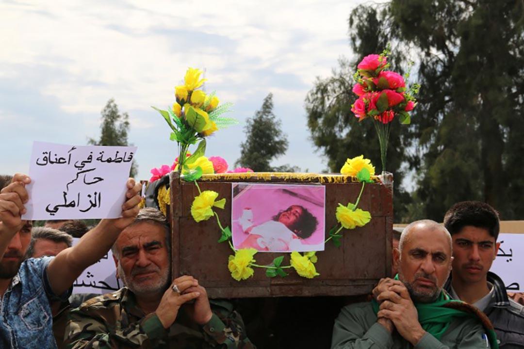 恐怖組織「伊斯蘭國」(IS)於過去一週兩度對伊拉克北部城鎮塔扎(Taza)發動生化襲擊,造成一名3歲女童死亡、逾600人受傷。攝 : Marwan Ibrahim/AFP
