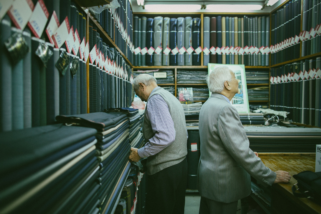 百多呎的鋪位內客人不多,來的大多是老顧客。攝:王嘉豪/端傳媒