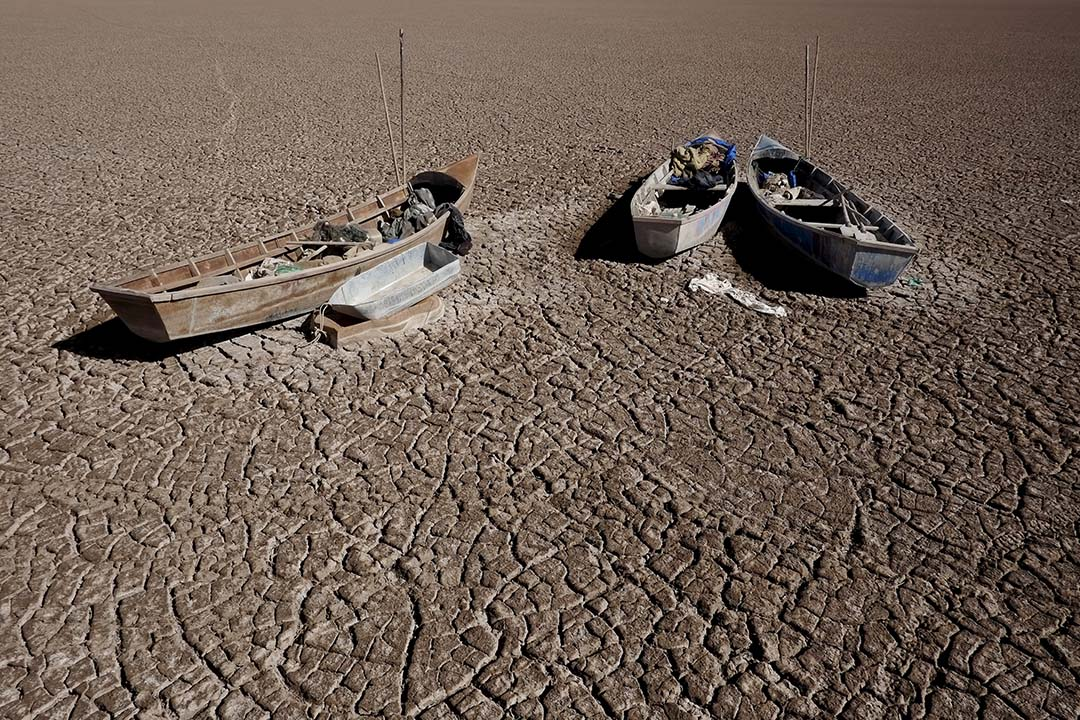 2015年12月17日,位於玻利維亞歐魯羅的波波湖完全枯竭。攝 : David Mercado / REUTERS