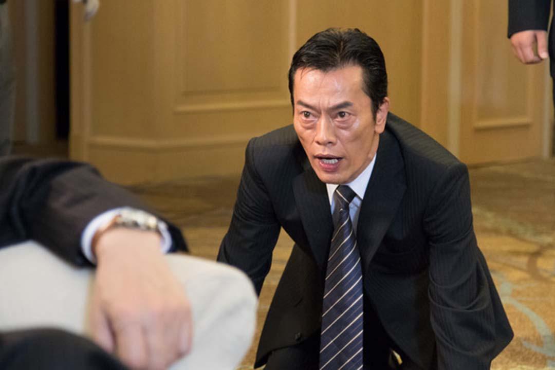 《民王》中演技爆燈的遠藤憲一,在新劇《讓我叫你岳父》中要挑戰婚姻倫理。