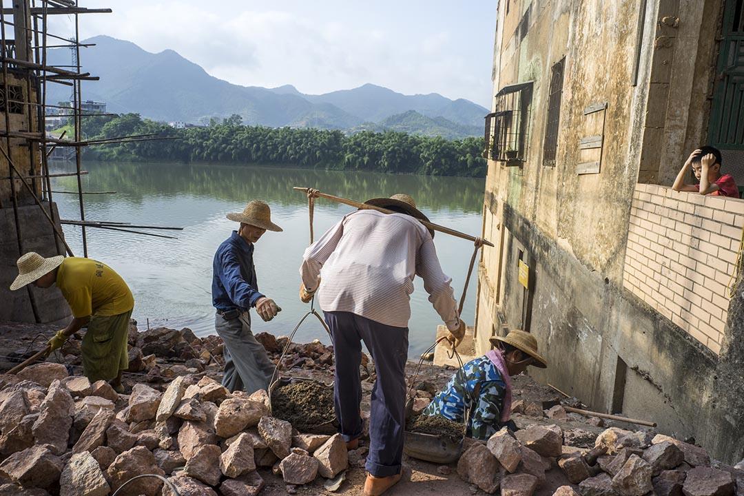 廣東省鬆口鎮的碼頭,曾是很多客家人下南洋的起點。攝影:沈綺穎