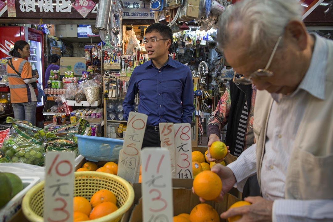 利東邨尋求連任的民主黨區諾軒。攝:羅國輝/端傳媒