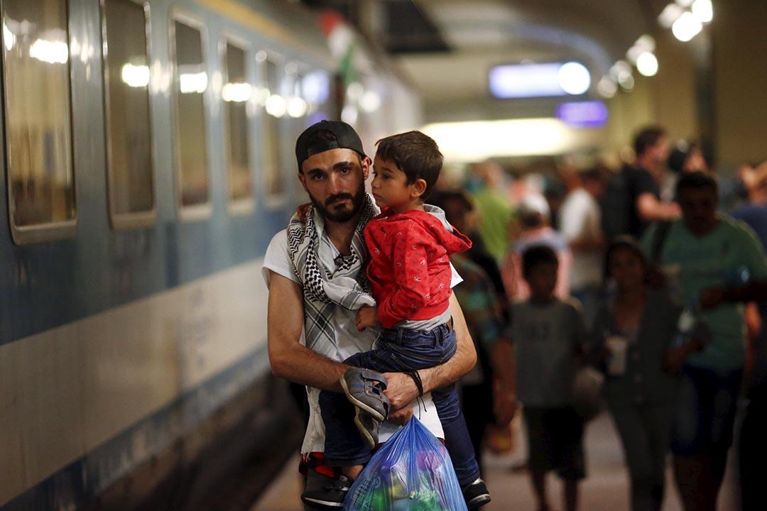陳偉信:按現時「都柏林框架」的做法,法律上所有難民申請均須由難民首個着陸地的主權國家處理。 攝:Leonhard Foeger/REUTERS