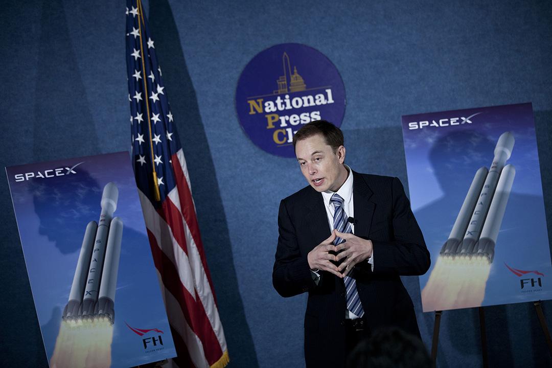 2011年4月5日,美國,SpaceX集團總裁伊隆馬斯克在華盛頓的記者會上發言。攝:Brendan Smialowski/GETTY