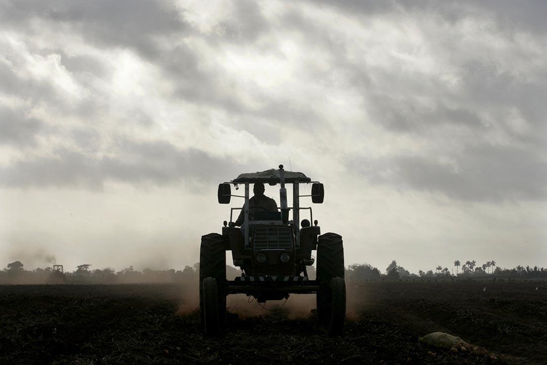 美國亞拉巴馬州企業 Cleber 近日獲得美國政府批准,將在古巴設立拖拉機廠房。攝:Enrique de la Osa/REUTERS