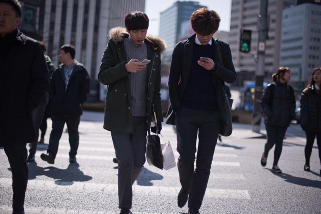 聯合國下屬機構國際電信聯盟(ITU)發布全球資訊通信技術排名顯示,韓國世界第一,香港第九,中國大陸排在82名,台灣的數據未能上榜。攝:Ed Jones/AFP