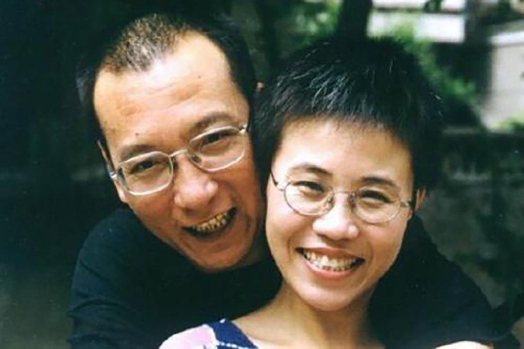 中國異見人士劉曉波和妻子劉霞。