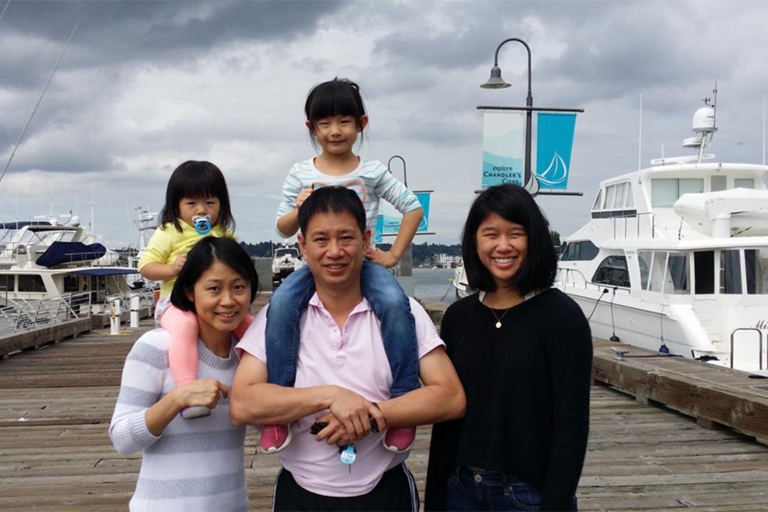 嚴正剛(Philip Yin)與家人。Philip Yin 競選網頁