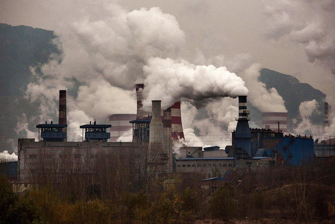 研究報告指2015年全球溫室氣體排放量出現意外下降,分析稱中國減少煤炭使用量是主因。攝 : Kevin Frayer/GETTY