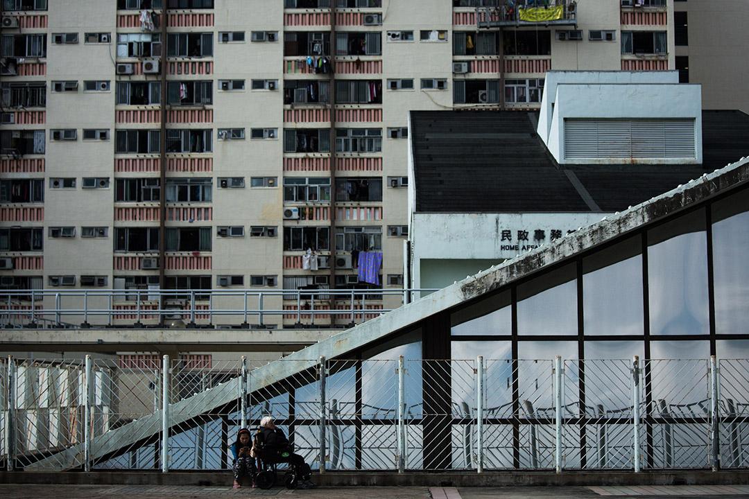 調查指,香港2015年樓價中位數達市民年收入中位數的19倍,成為樓價負擔最重城市。攝:盧翊銘/端傳媒