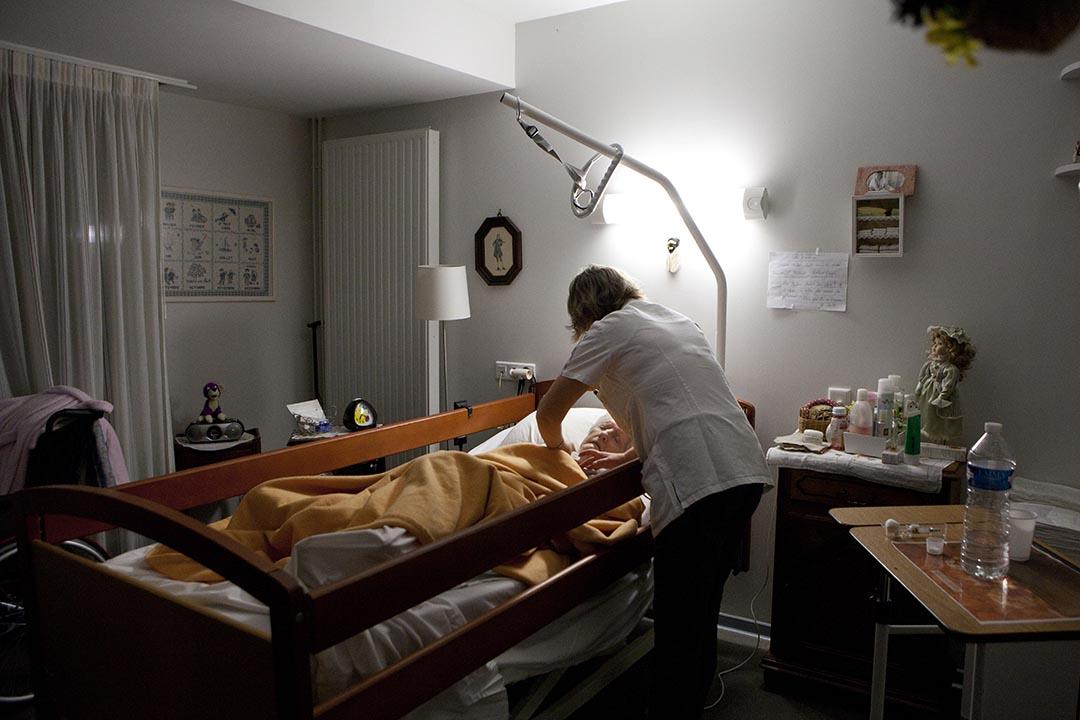 10月6日,「經濟學人資訊社」(EIU)公布2015年死亡質量指數報告,英國死亡質量全球第一。攝:AMELIE-BENOIST/BSIP