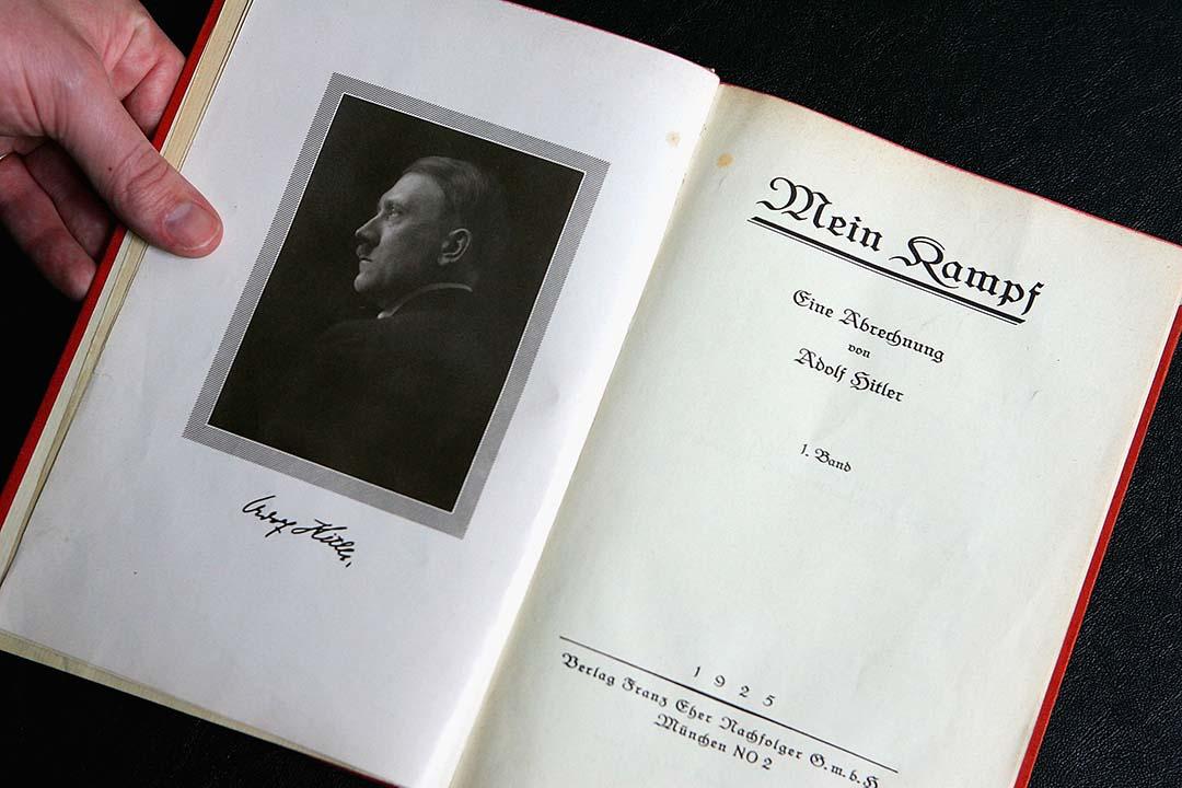 希特拉的自傳《我的奮鬥》 1925年德文版。攝: Daniel Berehulak/Getty