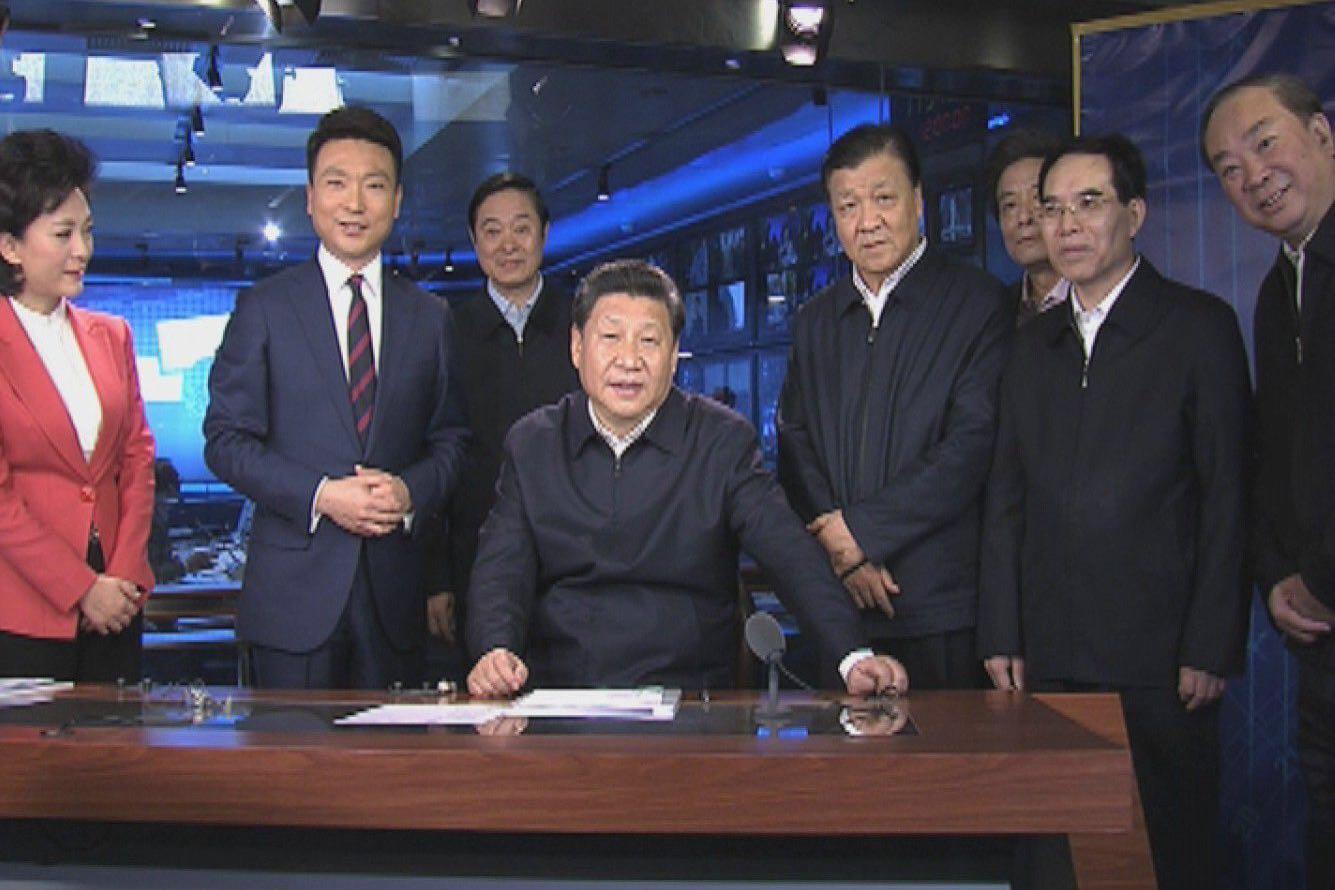 中共中央總書記習近平訪問三大國家級官方媒體,強調必須姓「黨」。央視微博圖片
