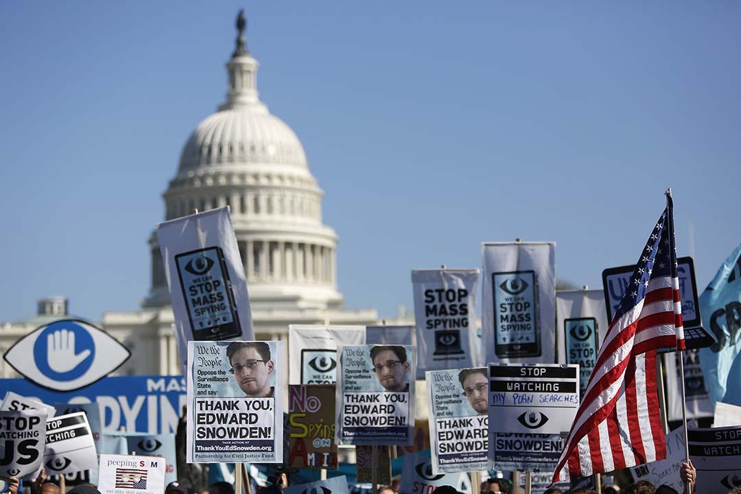 2013年10月26日,反對美國國家安全局監聽的活動人士在美國華盛頓舉行示威活動,要求美國政府停止監聽。攝:Jonathan Ernst /REUTERS