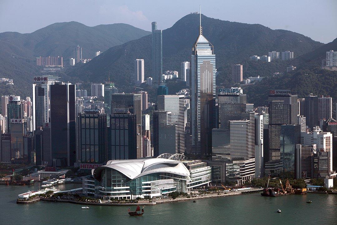 曾國平:從日常生活中觀察,大家都知道香港政府的管制其實無孔不入,比得上任何發達國家。 攝: Tyrone Siu /REUTERS