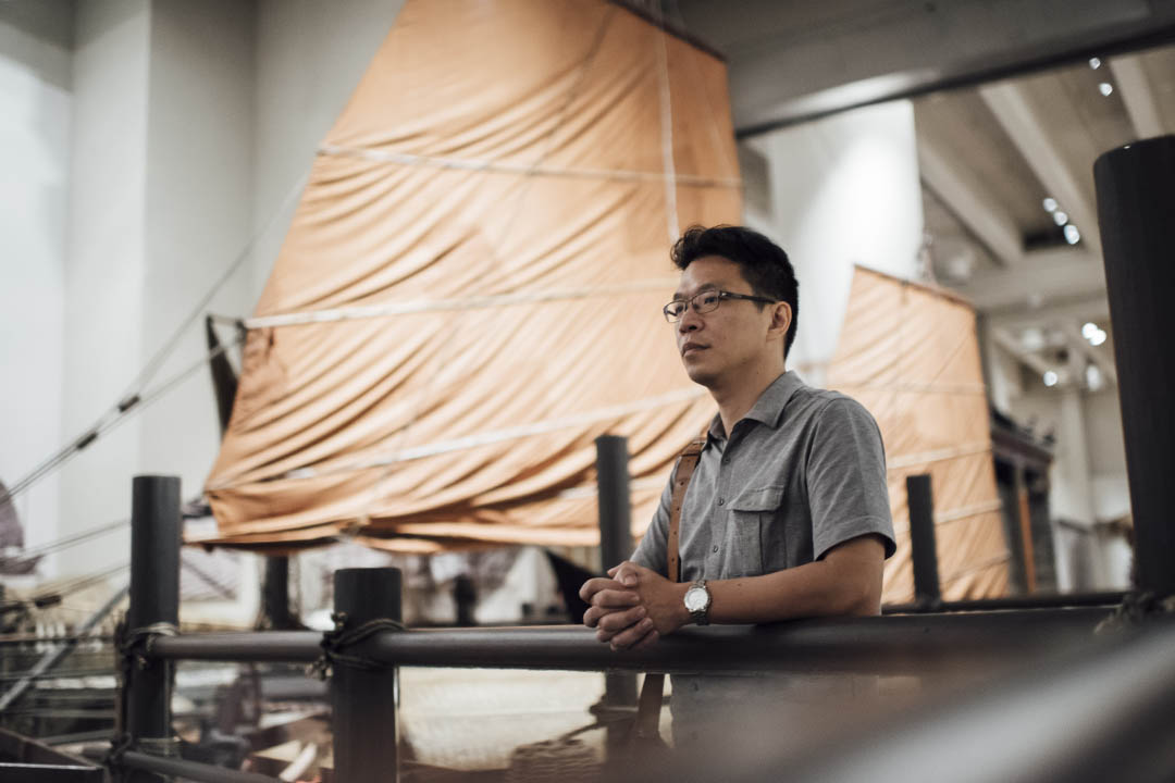 《漁港夢百年》編劇黃國鉅。攝:Anthony Kwan/端傳媒