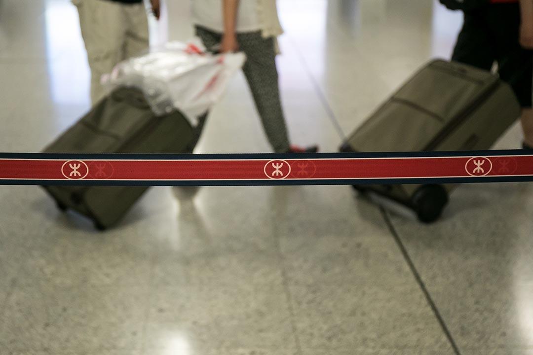 港鐵宣布將於11月起試推行大型樂器預先登記計劃。攝 : Billy H.C. Kwok/端傳媒