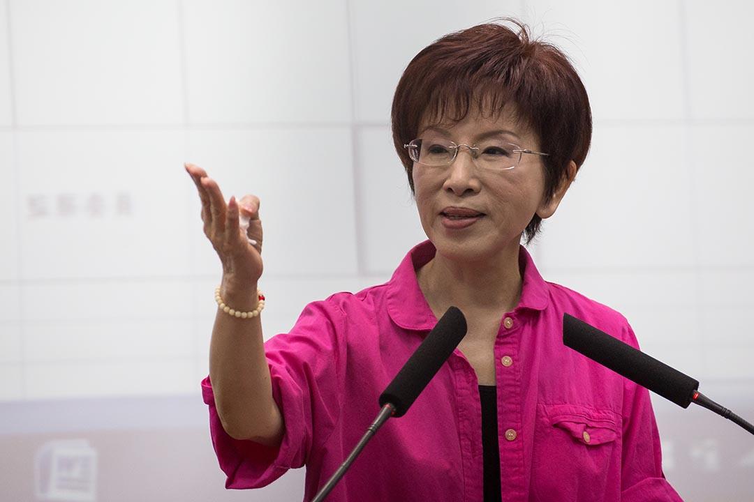 國民黨台灣總統參選人洪秀柱突然在臉書宣布「閉關休息」。攝 : Billy H.C. Kwok/端傳媒