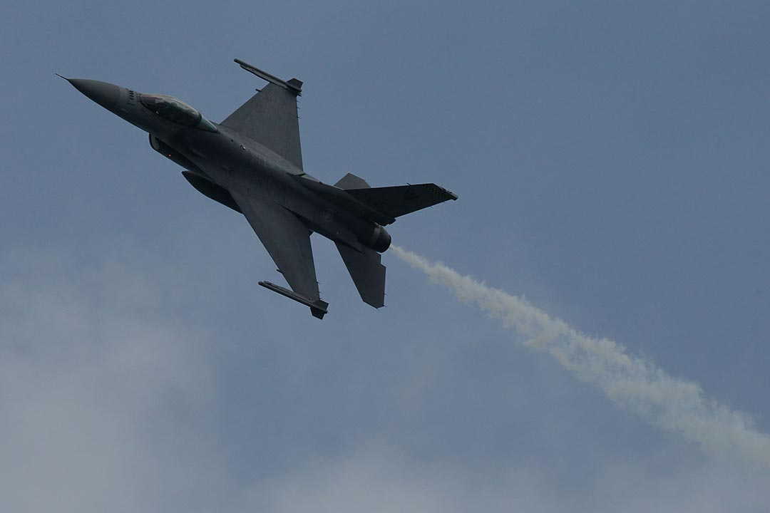 2015年12月16日,美國國務院宣布將對台軍售,但未包括台灣期望的潛艦及 F16-C/D 戰機。圖為 F16-C 戰機。 攝:Chris McGrath/Getty