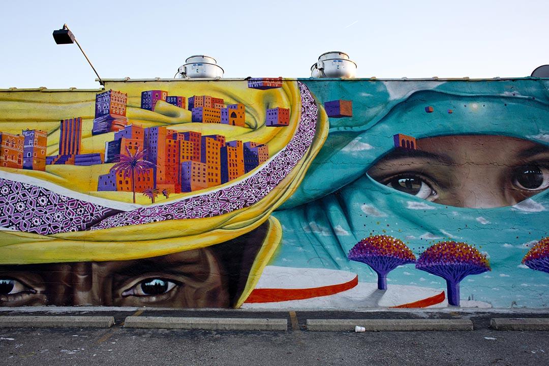 Hamtramck市內的一幅壁畫。攝 : Laura McDermott/端傳媒