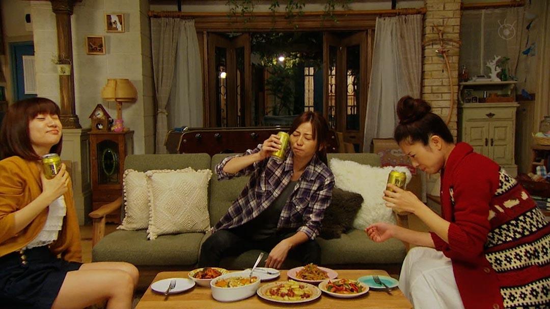 2011年的日劇《我不能戀愛的理由》,三條主線並行,反映不同職業的女性對單身生活的態度。