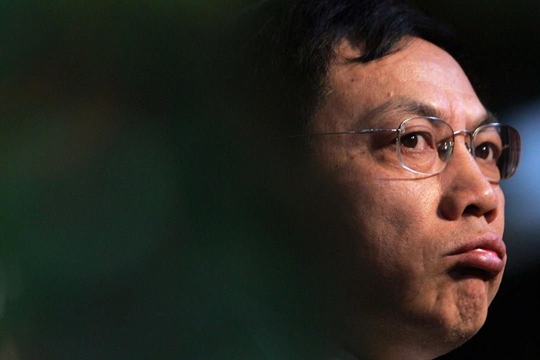 2006年1月7日在中國四川省成都市,任志強在一個經濟論壇上發表演講。 攝 : China Photos / Getty Images