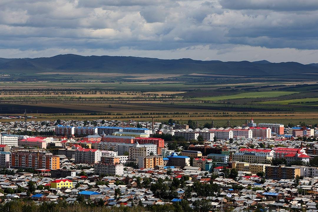 12月6日凌晨3點,位於中國內蒙古自治區與甘肅省邊界的馬蓮井綜合執法檢查站遭到百餘名蒙面人員暴力襲擊。圖為內蒙古一城市。攝 : Feng Li/GETTY