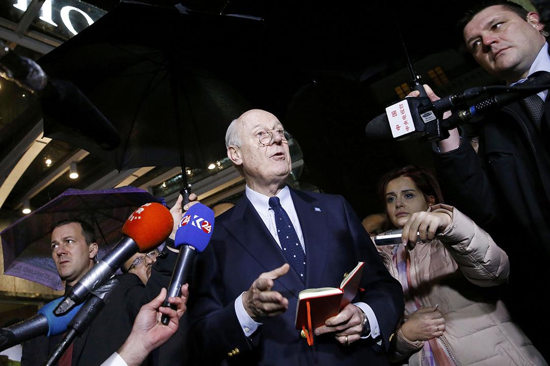 2月3日,瑞士日內瓦,聯合國敘利亞問題特使迪米斯圖拉(Staffan de Mistura)會見傳媒。攝:Denis Balibouse/REUTERS