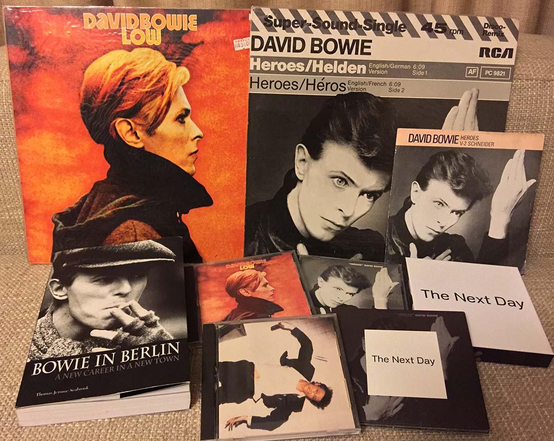 黃耀明私藏的有關 David Bowie 的唱片。圖片由黃耀明提供