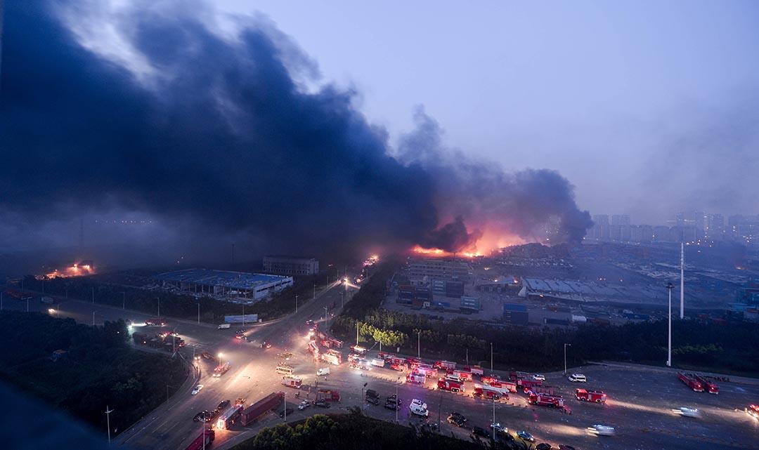 天津爆炸事件現場。攝 : AFP