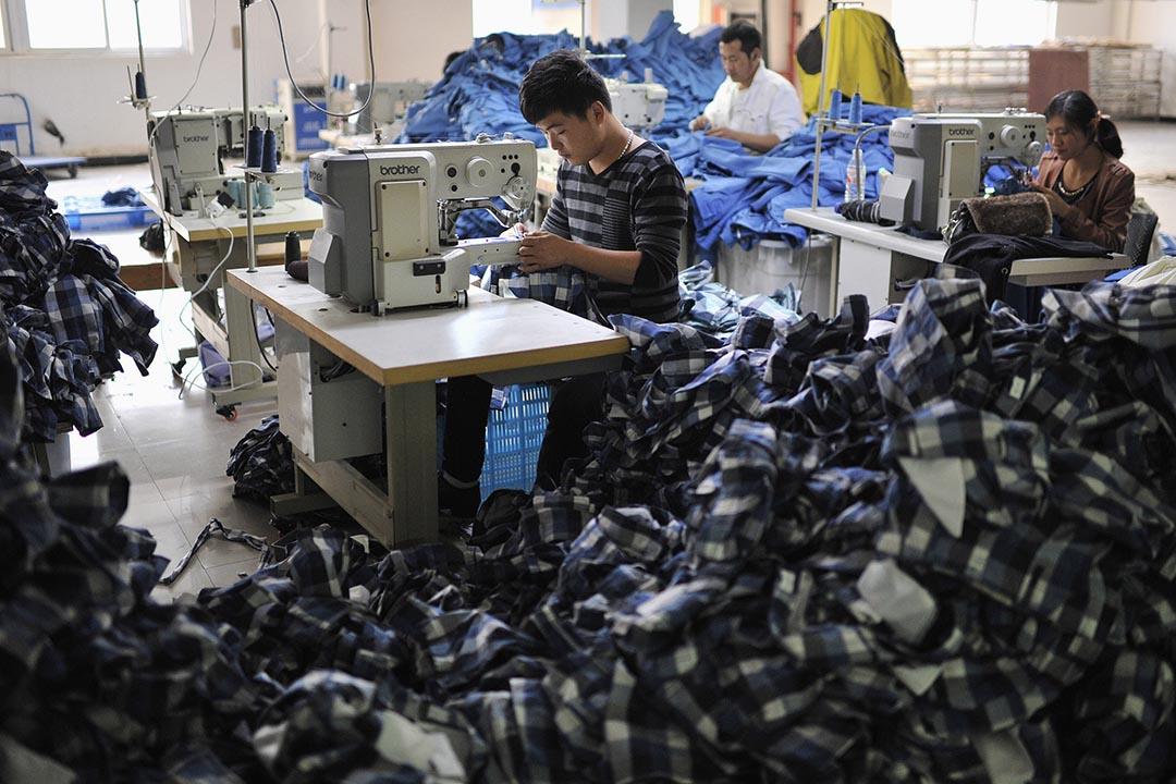 中國財新傳媒9月23日公布,9月製造業 PMI 初值為47.0,創6年半以來最低水平。 攝:Jianan Yu/REUTERS