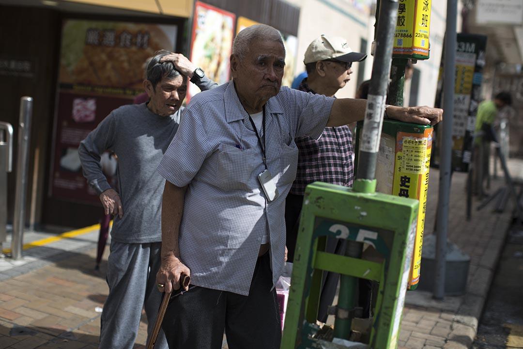 黃洪:香港需要一個「惠及全民」的長者生活保障制度。攝:羅國輝/端傳媒